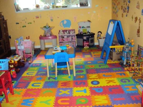 Sweet bunnies village home daycare in scarborough infant toddler preschool - Home daycare ideas for decorating ideas ...
